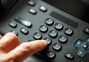 自殺を防ぐ「いのちの電話」~肝心の相談員が集まらない全国共通の問題点とは?の画像1