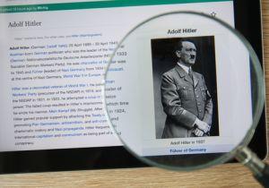 Adolf002.jpg