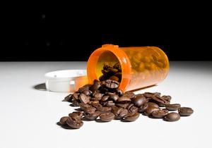市販薬に含まれる「カフェイン」による急性中毒症!自殺目的で若年者を中心に広く深く蔓延の画像1