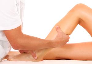 「足の冷え」は血管の老化させ「動脈硬化」を招く 足の「血流ケア」をしていない女性は約3割!の画像1