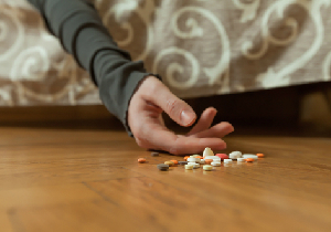 薬剤師が選択した自殺方法は降圧薬、糖尿病薬、催眠薬の同時大量服用の画像1