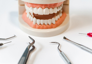 歯周病の原因は食習慣にある!最新の知見に基づいた最も効果的な治療法とは?の画像1