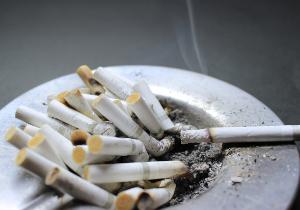 「世界最低レベル」と酷評される日本の喫煙/禁煙事情が、遅々として改善されない理由の画像1