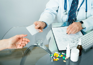 重大な副作用を防ぐ薬処方の「禁忌」と「原則禁忌」  医師も意識が薄れ曖昧に?の画像1